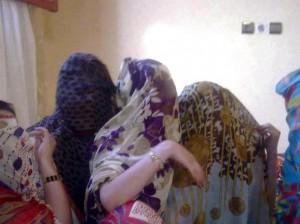 فتيات موريتانيات يطالبن بالتعدد ويصرخن نريد الزواج ..!!