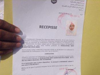 عاجل نشر لوثيقة استلام جواز سفر المعلومة منت الميداح و النقابي النهاه(الوثائق)